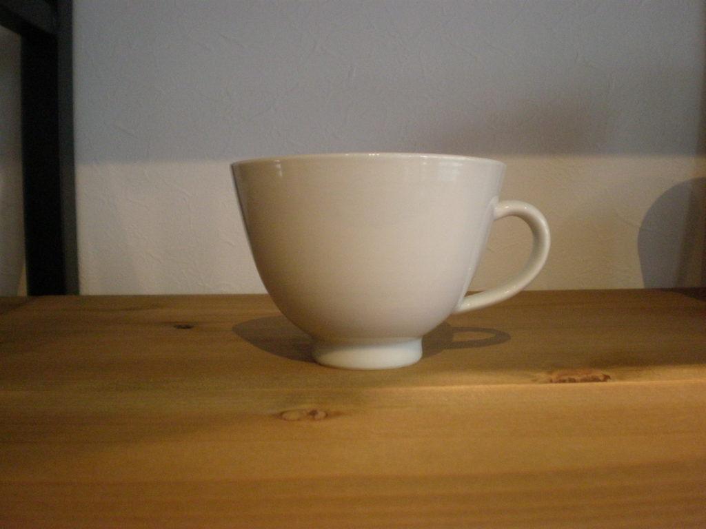 白磁楕円カップ
