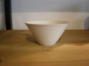 白磁線紋小鉢