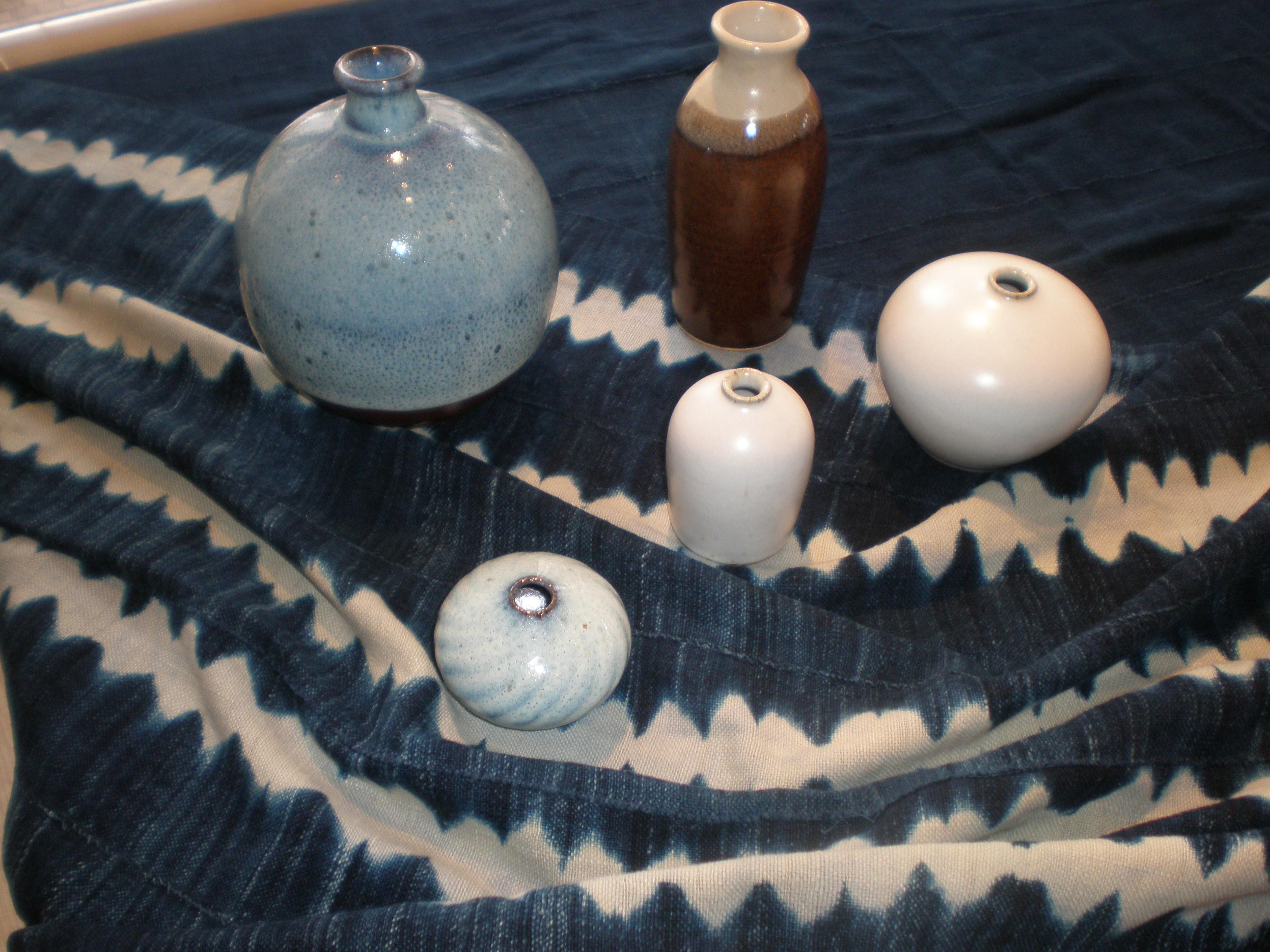 ブルキナファソの古布藍染と東北のミニ花器